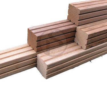 Verbindingsbalk voor sleufpalen, hardhout, 4000 mm lang, 35 x 115 mm.